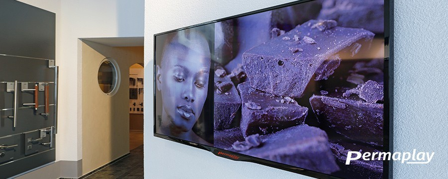 Permaplay Professional LCD screens | DesignFriends